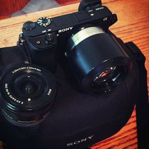 Sony 6300 with lens and stabilizer for Sale in Modesto, CA