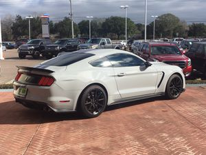 2016 Ford Mustang Shelby GT350 for Sale in Pasadena, TX