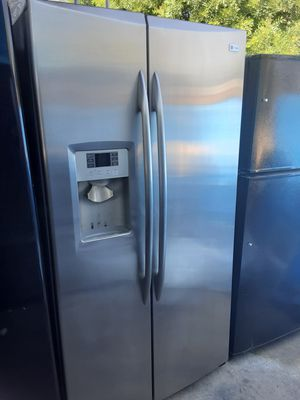 $450 GE stainless side-by-side fridge counter depth includes delivery in the San Fernando Valley a warranty and installation for Sale in Los Angeles, CA