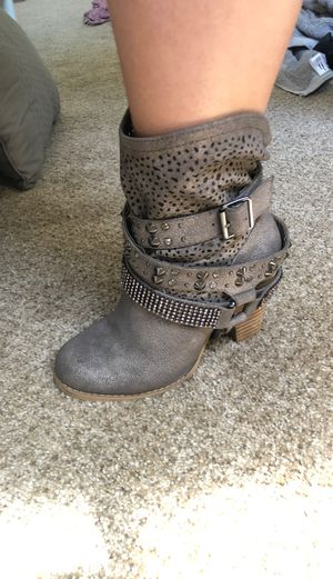 Studded/Rhinestone Boot heel for Sale in Chino, CA