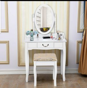 Vanity Table for Sale in Tracy, CA