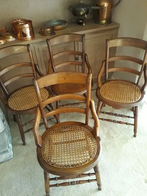 Antique Victorian Chairs, 4 each for Sale in Orlando, FL
