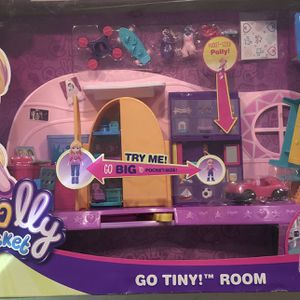Polly Pocket Go Tiny! Room Playset with Adventure Dolls & Accessories for Sale in Bolingbrook, IL