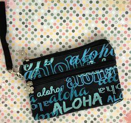 Hawaiian Makeup Bag for Sale in San Angelo,  TX