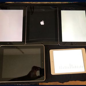 5 used Apple iPads for parts only SOLD AS IS. for Sale in Artesia, CA