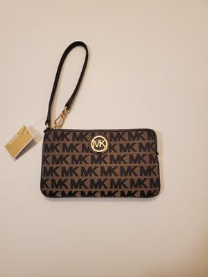 Michael Kors Wallet ( with tags ) for Sale in Los Angeles, CA