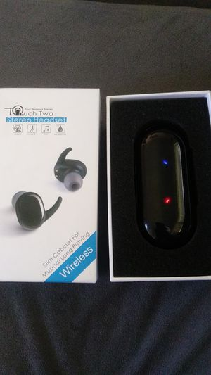$15 True TWS SPORTS EARBUDS as is for Sale in Highland, CA