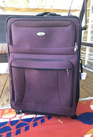 30x20 protocol luggage for Sale in Dearborn Heights, MI