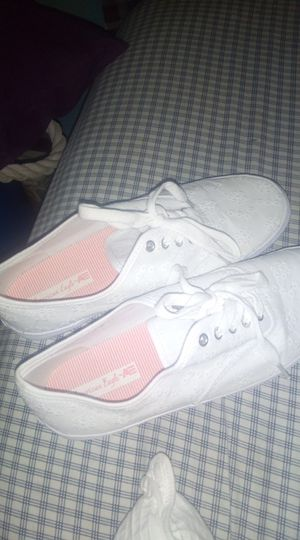 American eagle canvas shoes size 9 for Sale in Saint Joseph, MO