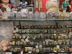 Call it new call it antique, sport championship rings, hardly Davidson his and her lamps, bobble heads, autographs, antiques, Fathers Day Gifts for Sale in Phoenix, AZ