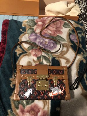 "Louis Vuitton bag "" petite Malle"" Authentic product for Sale in Boston, MA"