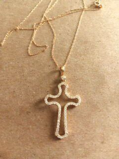 10k.gold. cross necklace for Sale in Fullerton, CA
