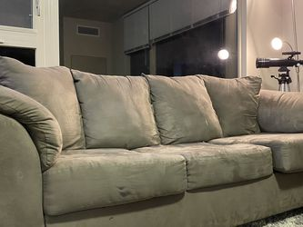Comfortable Couch for Sale in Seattle,  WA