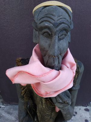 """Wooden thinking man """"bubbles"""" give him a good home for Sale in Fort Lauderdale, FL"""