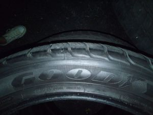 4 - Goodyear SL 305 40 R 22 (used for Sale in Indianapolis, IN