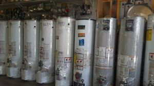 Only today water heaters for 190 whit installation for Sale in Riverside, CA