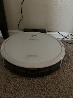 Deebot Robot Vacuum for Sale in Clermont,  FL