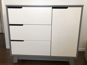 Babyletto Hudson 3 drawer dresser in Gray and White for Sale in El Cerrito, CA