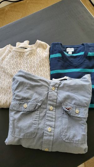 Old Navy, 21 Mens, and Hollister Mens sweaters. for Sale in Elk Grove, CA