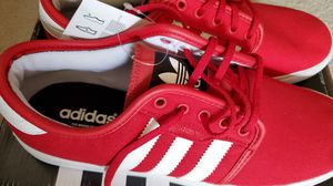Adidas Seeley Mens Size 10 for Sale in La Quinta, CA