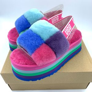 Women's Ugg Slides (Pink Purple Blue) $65 Text me for any size ❗️Shipping anywhere for an additional $10 dollars ✅.(Toddler sizes, regular sizes) for Sale in Baltimore, MD