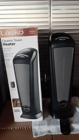 "Lasko 23"" Tall Digital Ceramic Tower Heater with Remote New (Price is Firm) for Sale in Gardena, CA"