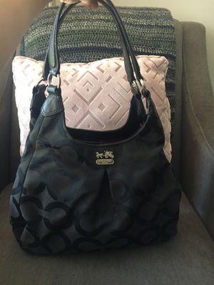 Black coach purse for Sale in Winter Springs, FL