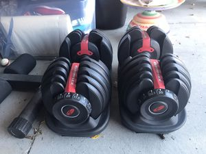 Bowflex adjustable dumbbells for Sale in Parma, OH