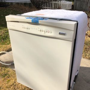 Kenmore Elite Dishwasher for Sale in Potomac, MD