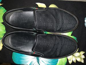Gucci GG Supreme Monogram Slip-on Black Green/Red Sz 8 US for Sale in Huntington Beach, CA