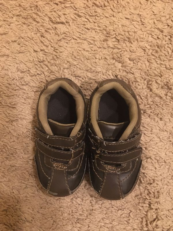 Toddler boy or girl shoes size 5.5 for Sale in Pacific, WA ...