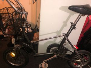 Brigade stone picnico fold up bike for Sale in Denver, CO