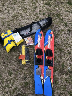 Gladiator HydroSlide Training Ski's (BRAND NEW/NEVER USED) for Sale in Greenville, NC