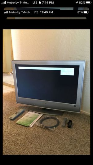 Sony TV with Remote and More for Sale in Sacramento, CA