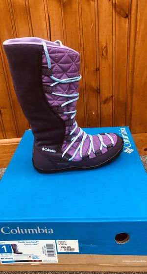 Columbia boots for girl big kids for Sale in Oviedo, FL