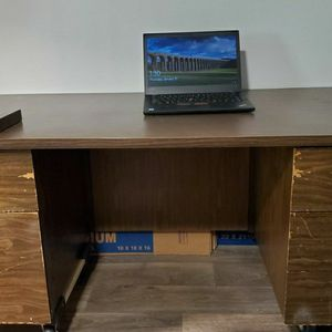 Free Desk - 5 Drawer for Sale in West Palm Beach, FL
