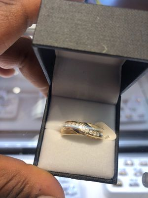 10K GOLD WEDDING BAND ($22 TO PUT ON LAYAWAY)ASK FOR KEEKEE for Sale in Charlotte, NC