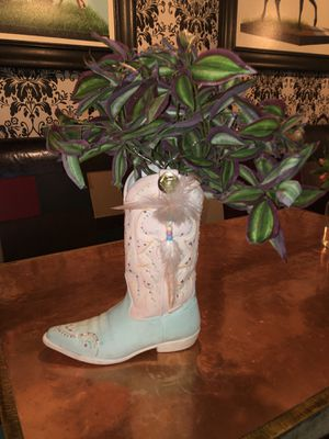Cowgirl boot planter for Sale in Henderson, NV