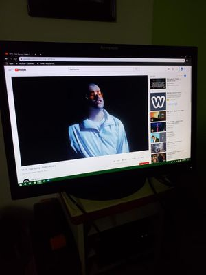 """Lenovo ThinkVision 22"""" Screen Computer Monitor. I Have 2 Available. Price is for each. for Sale in Miami, FL"""