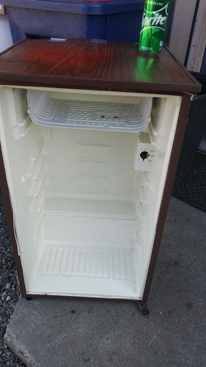 Mini fridge for Sale in Federal Way, WA