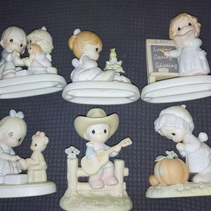 PRECIOUS MOMENTS COLLECTION for Sale in Lacey Township, NJ