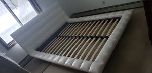 Leather queen platform bed frame for Sale in Andover, MN