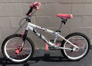 """18"""" girls BMX kids bike . White and pink kids bicycle for Sale in Aloma, FL"""