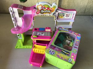 Shopkins playset everything included for Sale in Tampa, FL