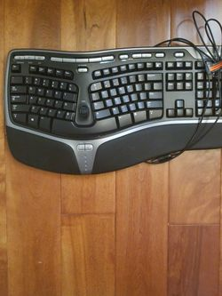 Microsoft Ergonomic Keyboard for Sale in Pleasanton,  CA