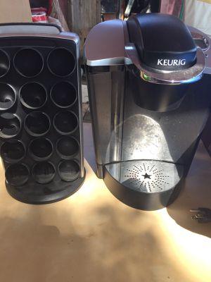 Keurig Coffee Maker, K-Cup Pod, Single Serve, Programmable, Black Nice Keurig coffee maker w/ ***Free **30 k cup carousel (valued at $36) for Sale in Austin, TX