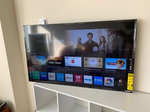"40"" VIZIO Smart TV (without legs/stand) for Sale in Washington, DC"