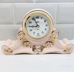 Vintage Quartz Mantle Clock for Sale in Jupiter,  FL