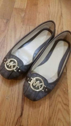 MK Flats Authentic Used Size 7 for Sale in Newark, NJ