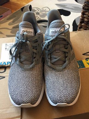 Adidas women's size 9 for Sale in Queens, NY